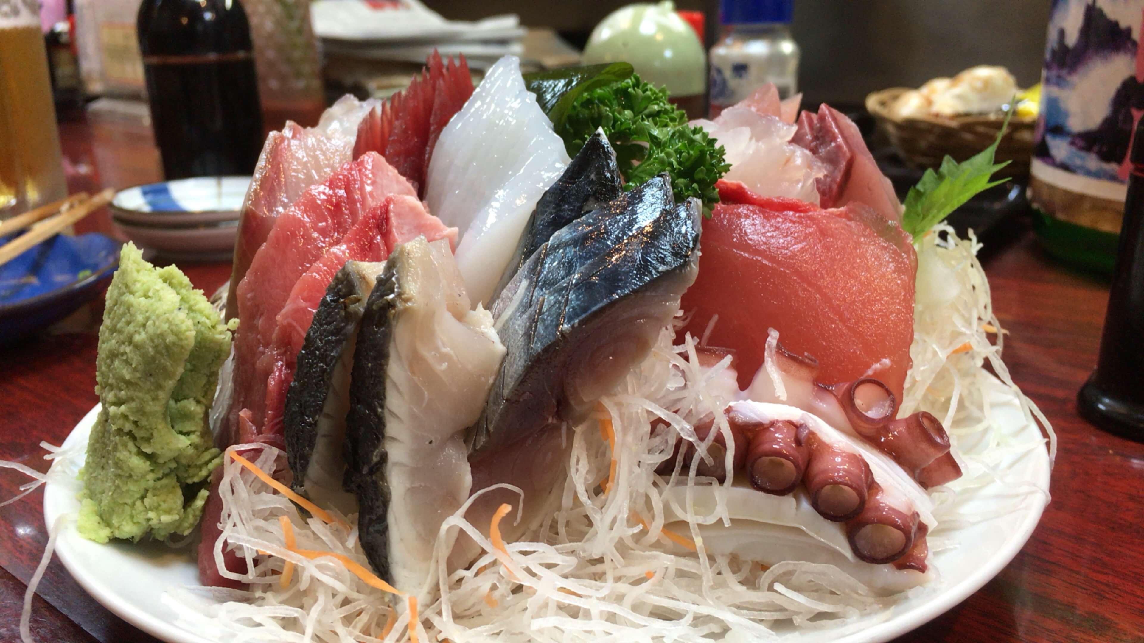 「三四味屋」たらふく刺身を食べるならここ!! 中央卸売市場近くの人気店