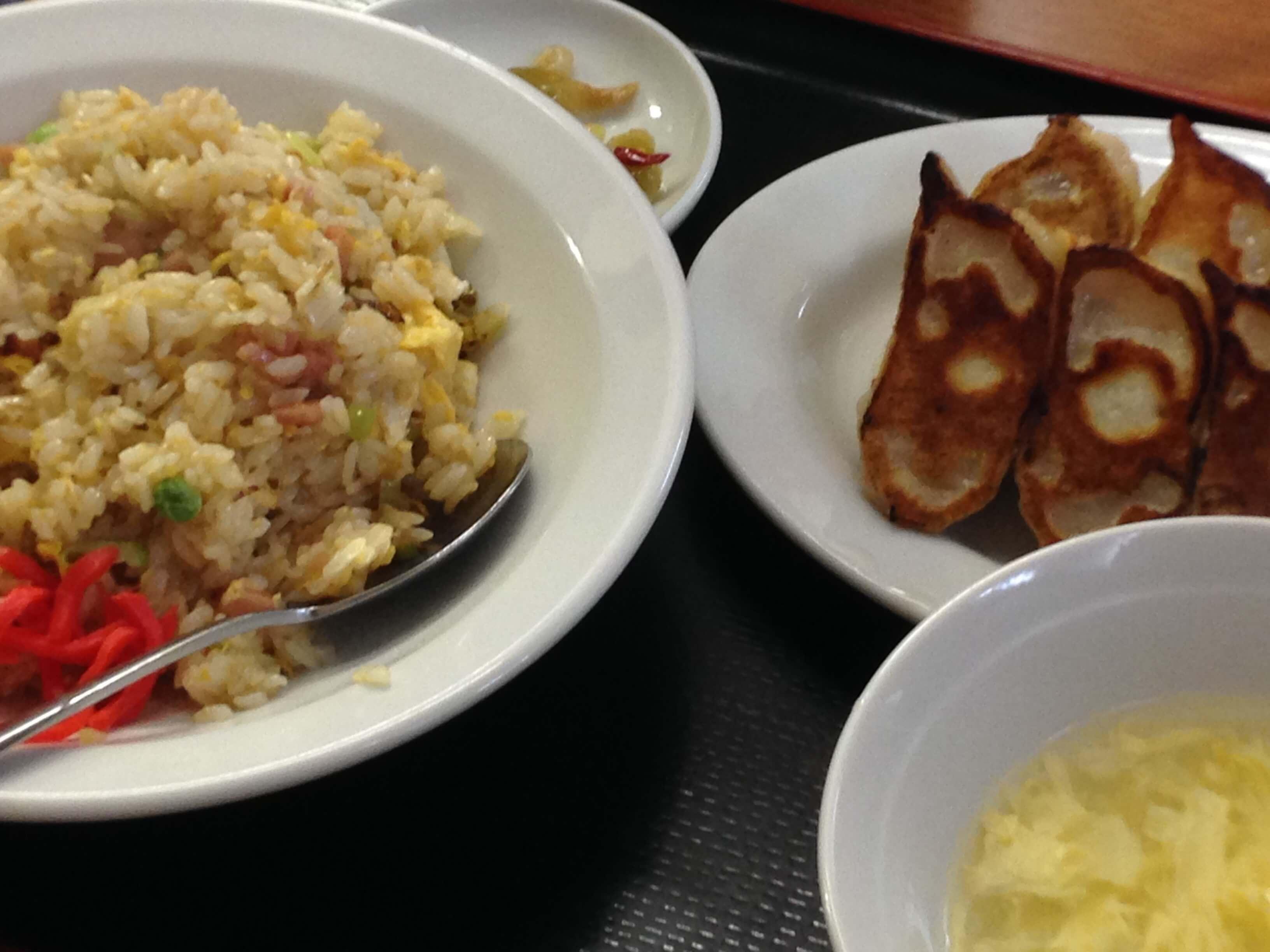 最強コスパ!カナギョーの定食で昼からお腹いっぱい!大満足 @ 金石餃子
