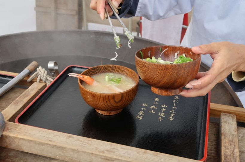 加賀でポケモンGOとカニ汁を楽しもう!
