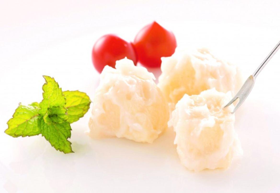 酒飲みにはたまらない!福井の逸品、梵の酒粕に漬けたクリームチーズ