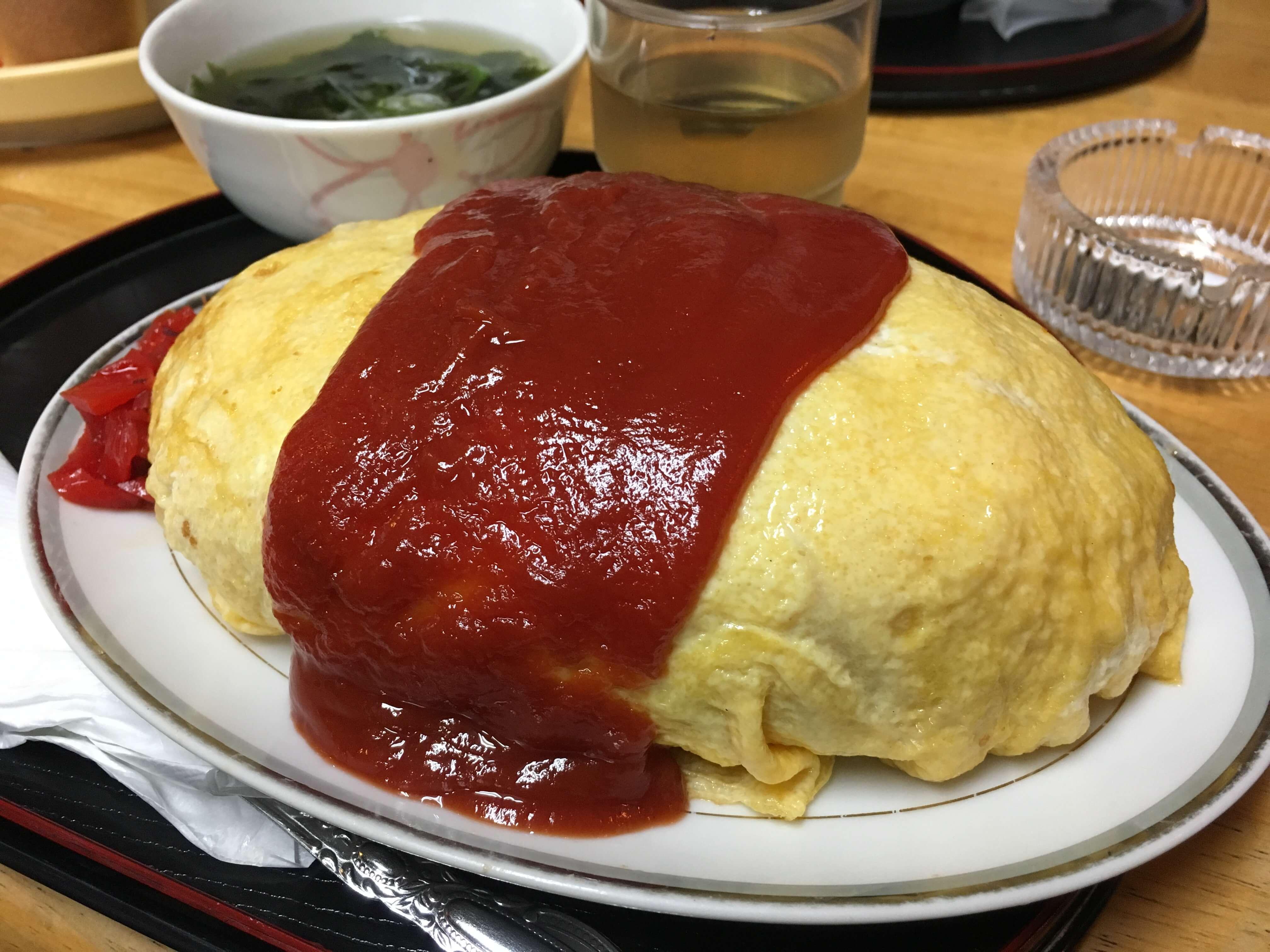 石川県を代表する『デカ盛り』のお店で、腹パンランチを食べてきた !!