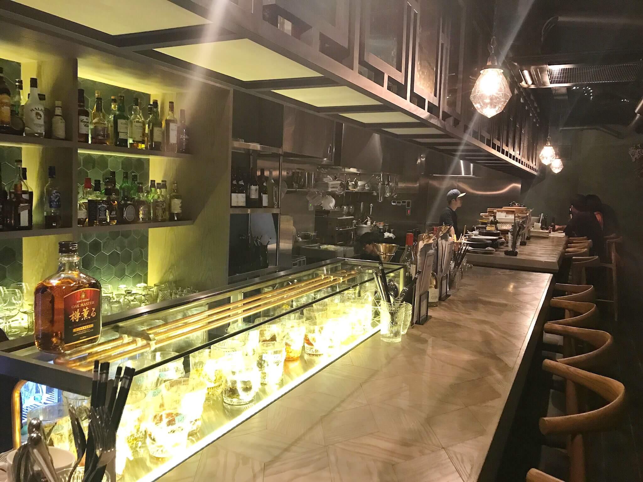 「 Starlit ( スターリット )」片町で見つけた星が煌めく素敵な空間 は、リーズナブルに多国籍料理と世界のクラフトビールを楽しめる場所だった♫