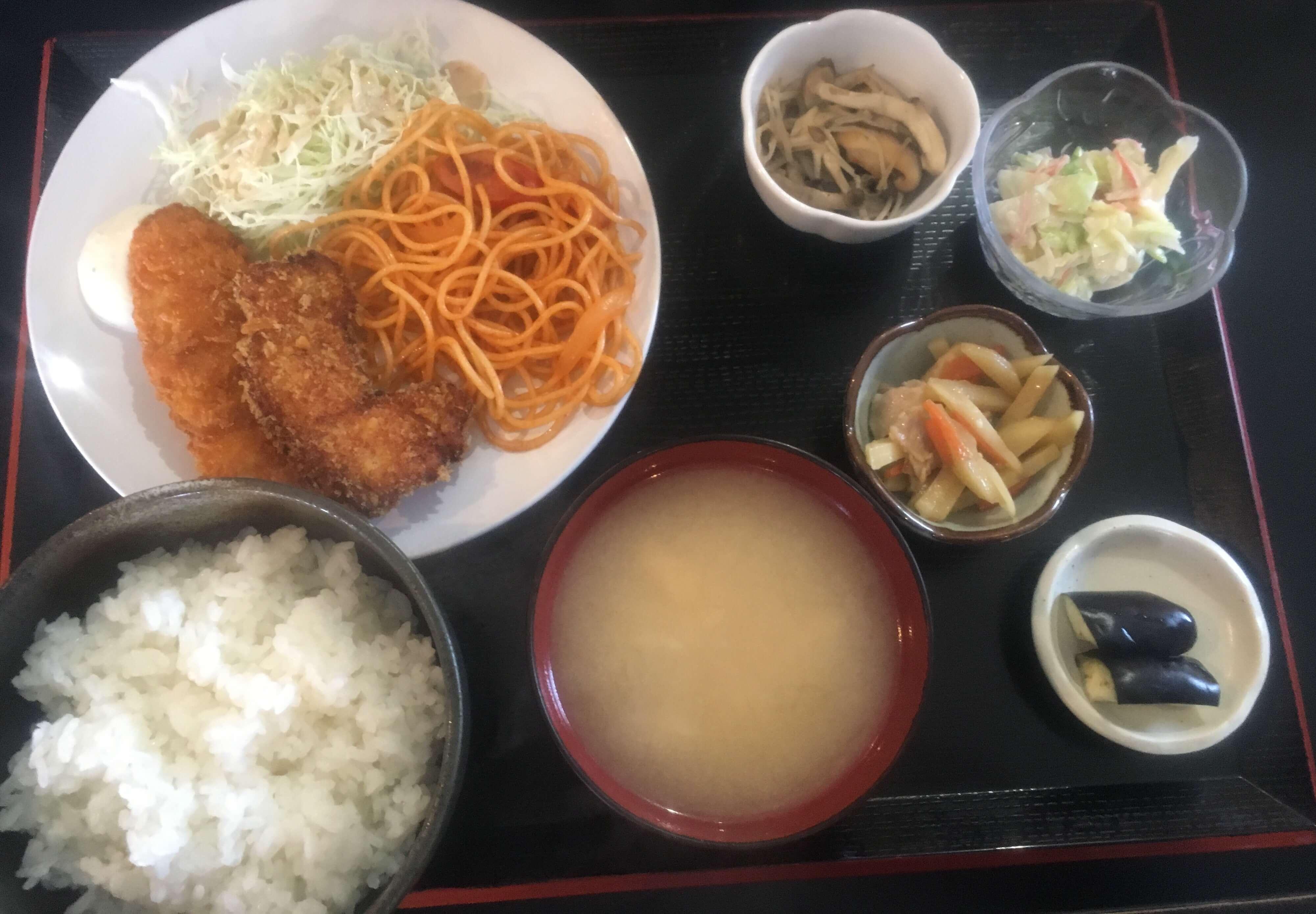 「 お好み亭いけちゃん 」の680円ランチはサラリーマンの強い味方っす!!