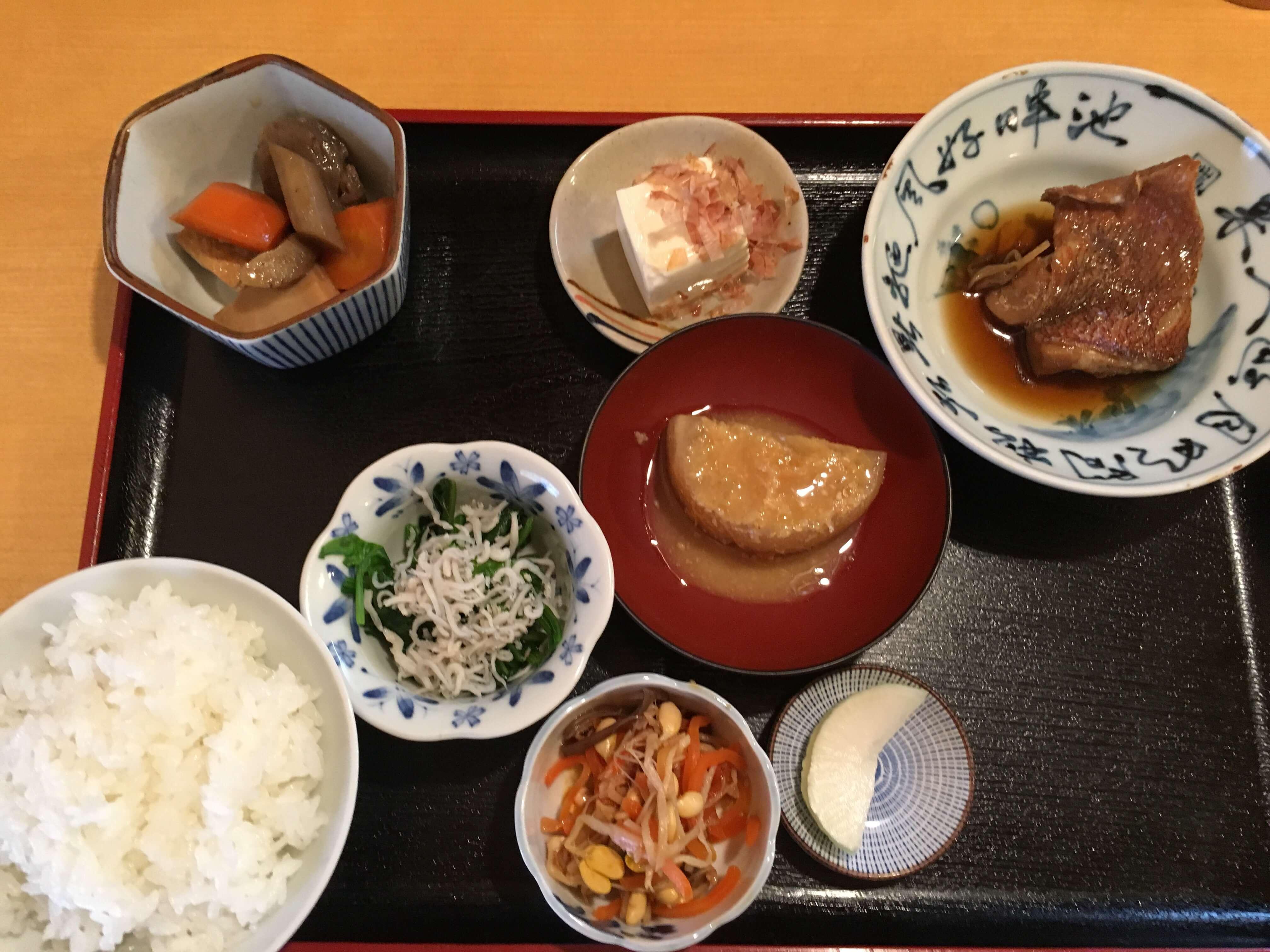 「ごはん家」米泉町で見つけた家庭的なほっこりランチが食べられるお店