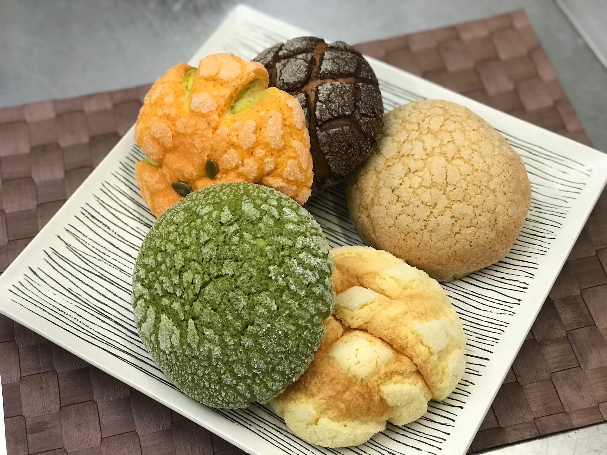 話題のメロンパン専門店「 Melon de melon(メロン・ドゥ・メロン)」のバラエティー溢れるメロンパンに思わず笑顔♫