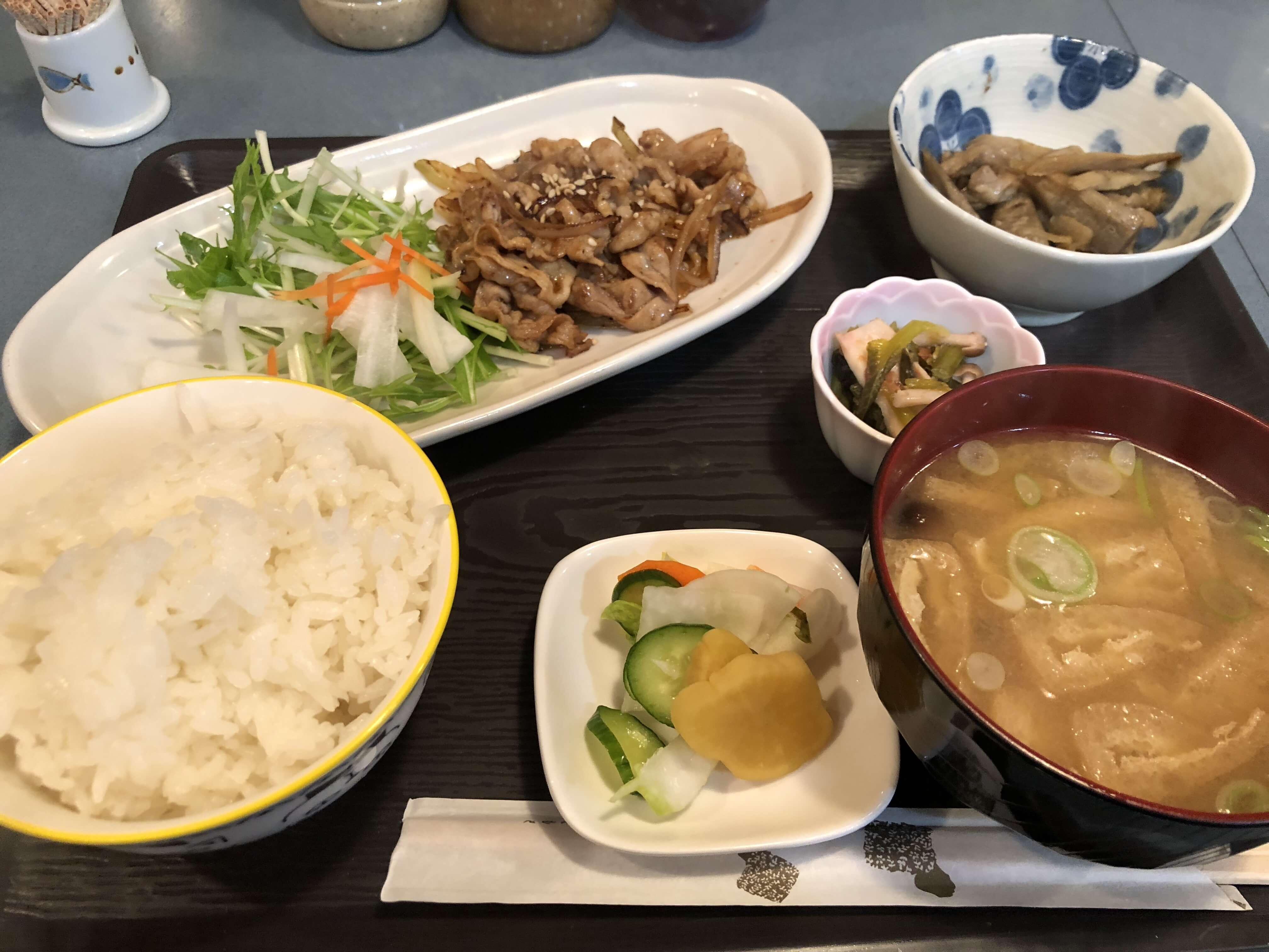 『ランチとおばんざい そら豆』泉野町にオープンした家庭料理を楽しめる場
