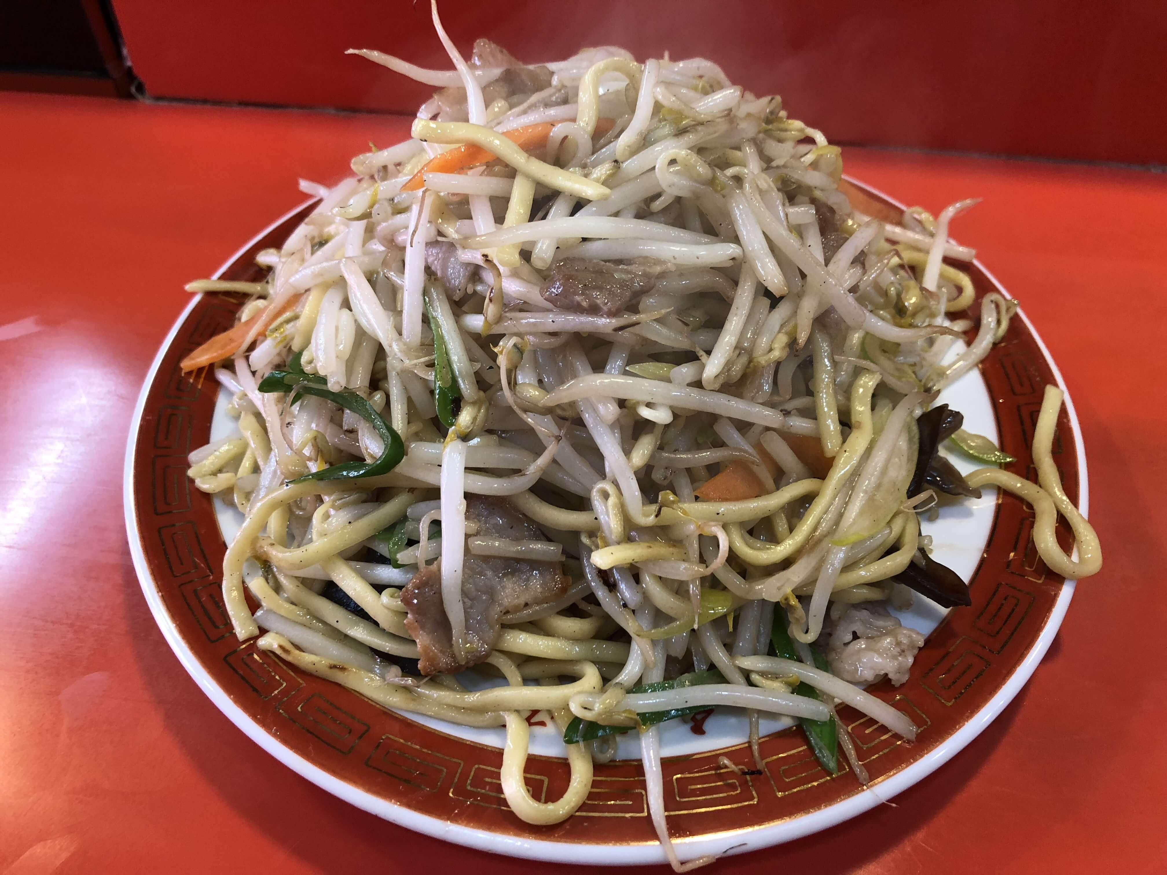 「 珍香楼 」昔ながらの中華料理店でボリューム満点具沢山の焼きそば