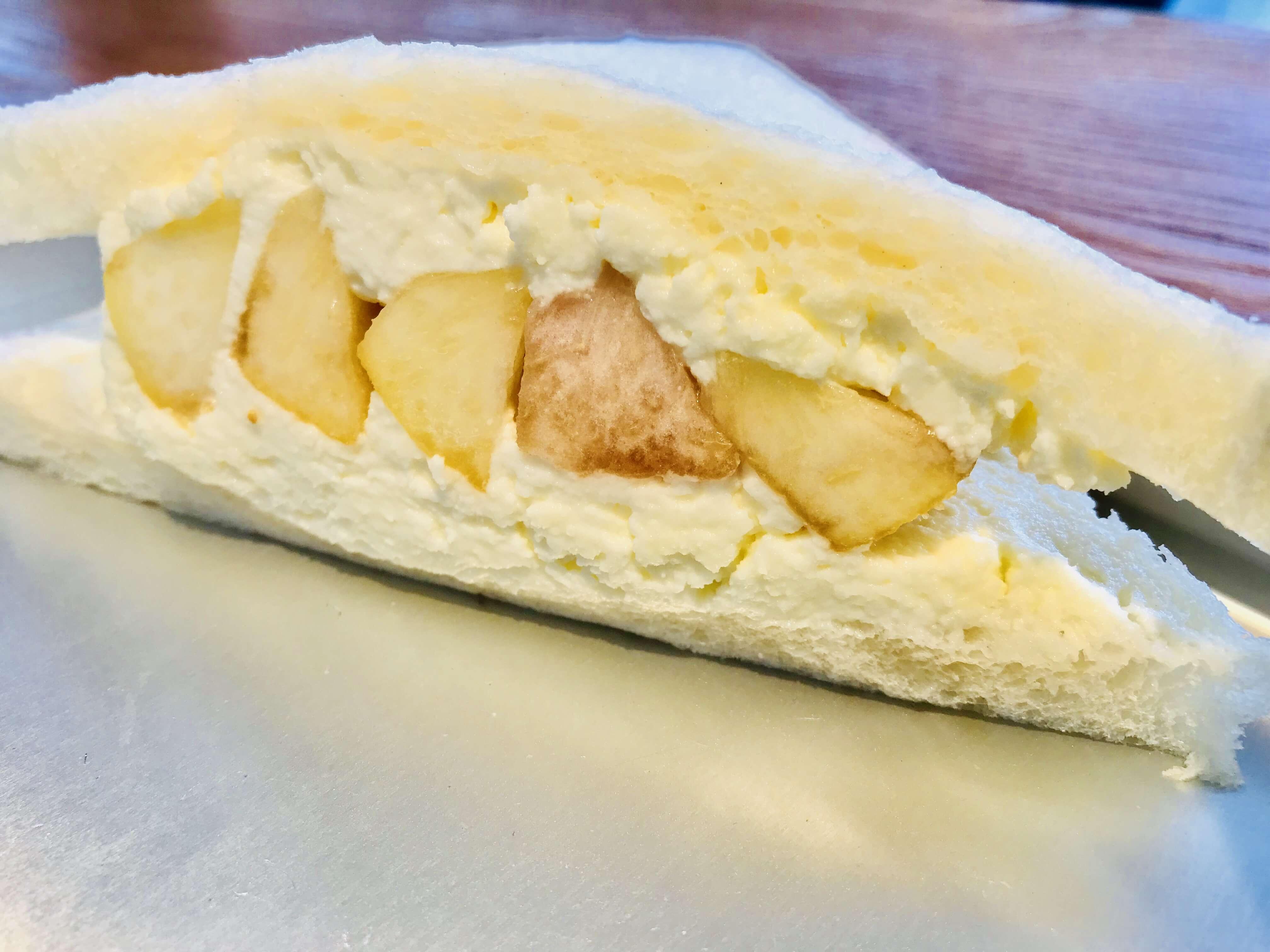 『サリュ・アンシャンテ』季節限定!桃のフルーツサンドを求めて。具がたっぷりのサンドイッチはバリエーション豊富