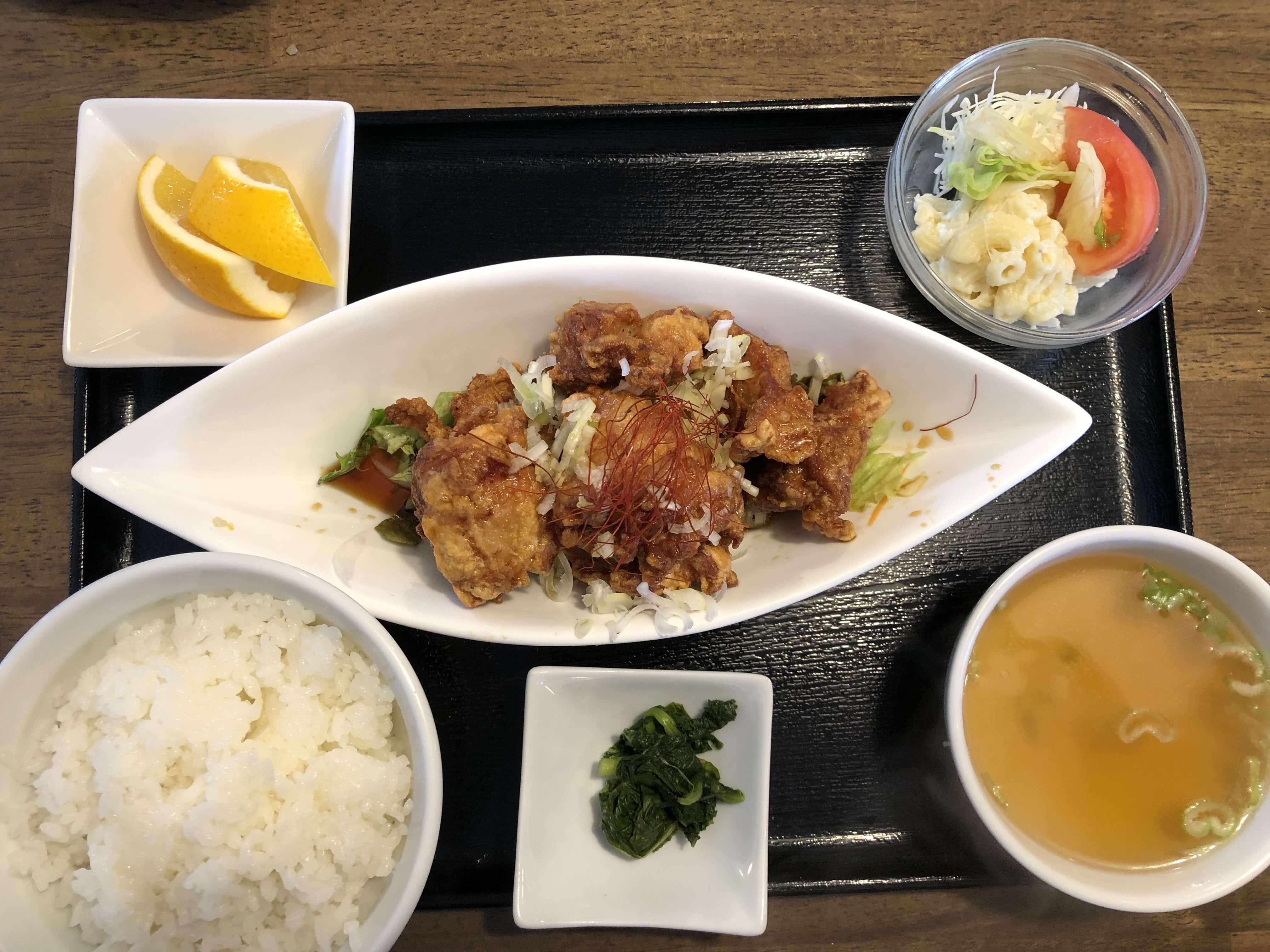『 龍苑 』多彩なメニューで40年以上愛され続ける老舗人気中華料理店。