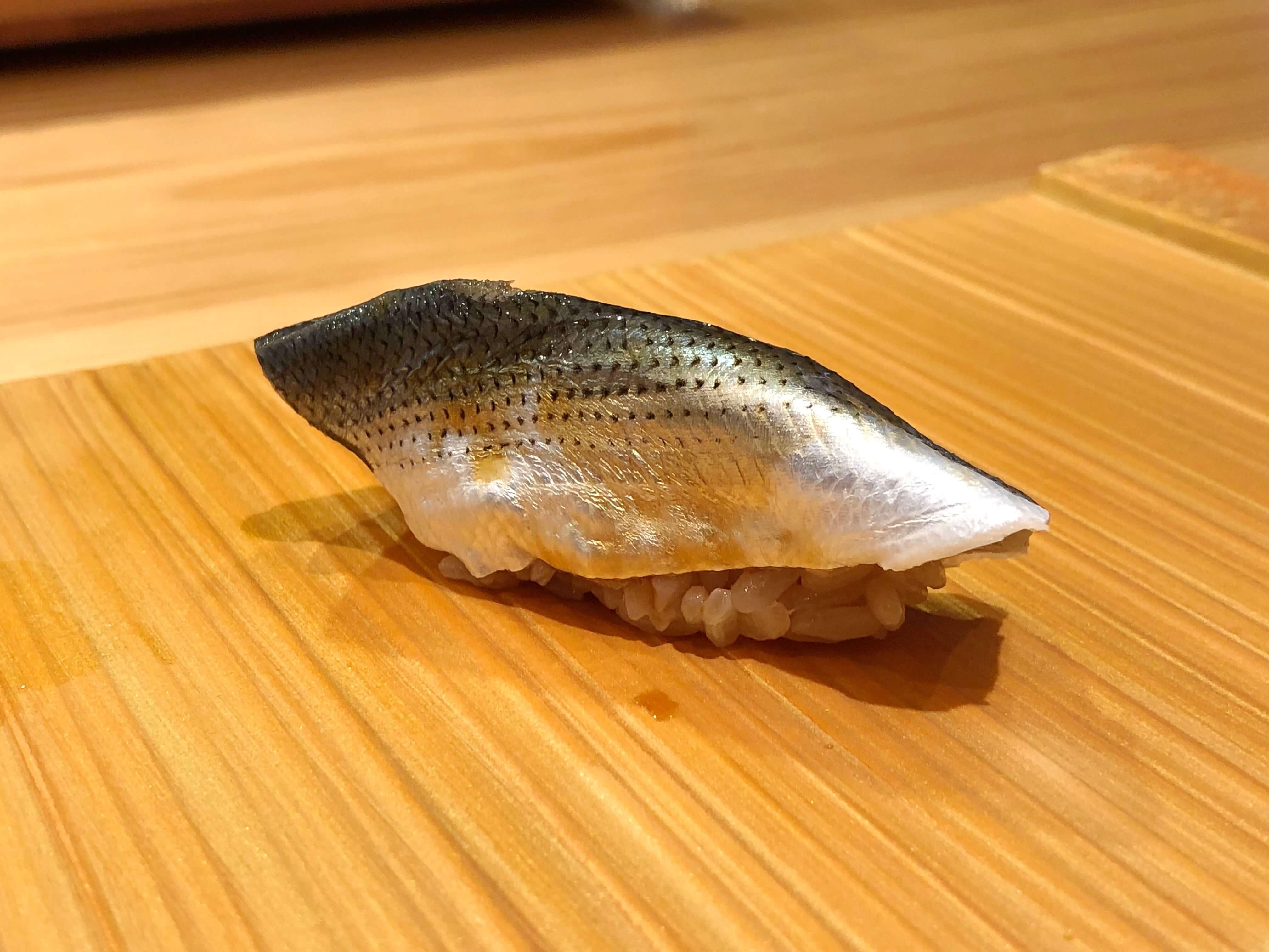 『 鮨処 こいづみ 』江戸っ子が握る本物の江戸前鮨を堪能