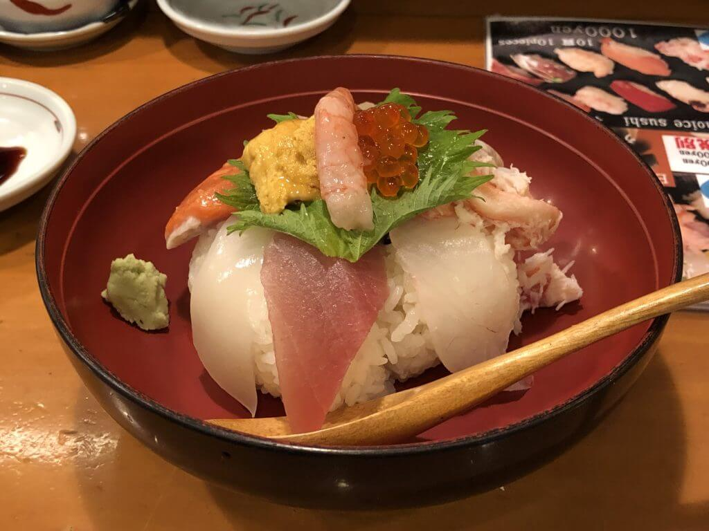 香りん寿司_海鮮丼2