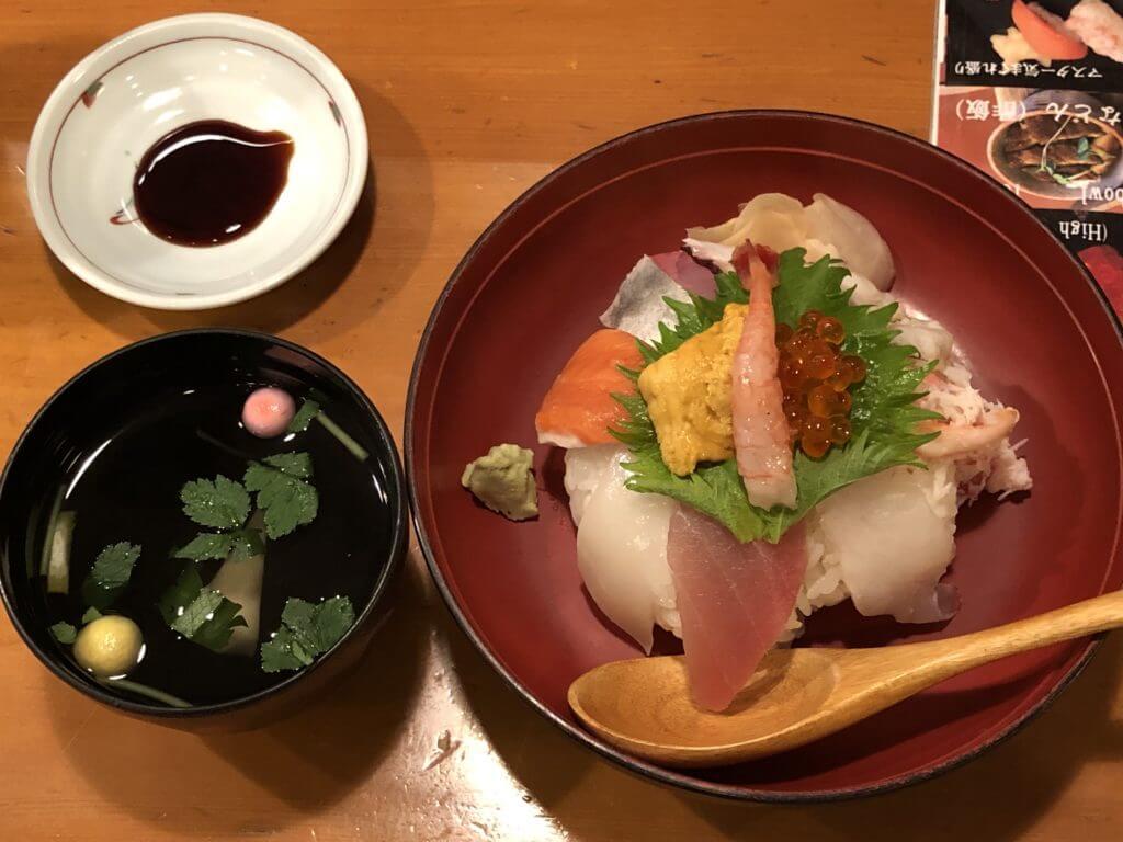 香りん寿司_海鮮丼3