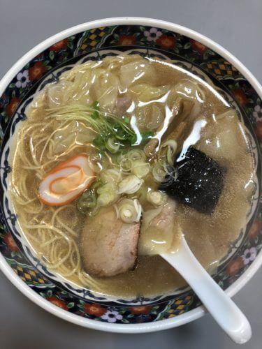 「 平和軒 」一度食べたら病みつき確定!? 絶品ワンタン麺と焼飯