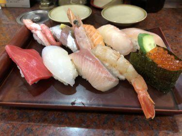 「 近江町 市場寿し 」廻らない回転寿司。朝8時30分〜営業中