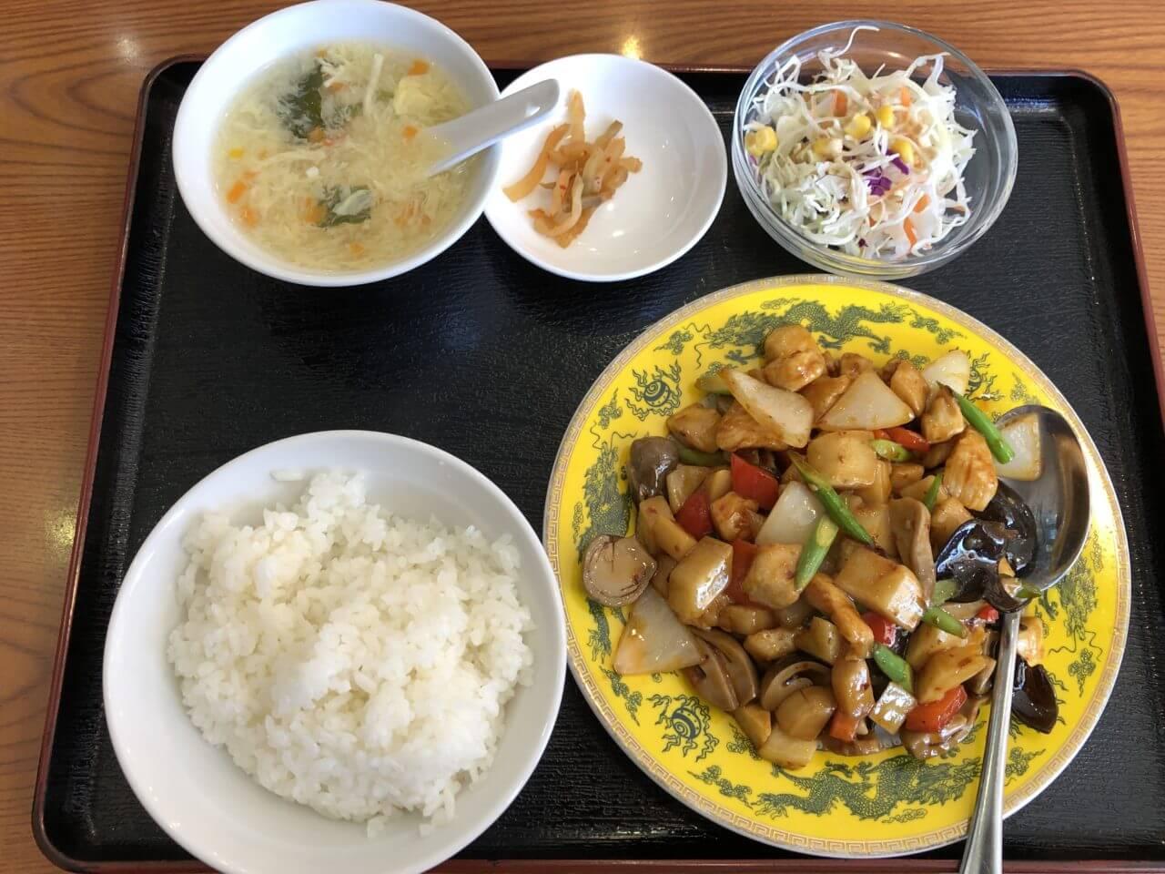 金鼎_鶏肉四川定食1