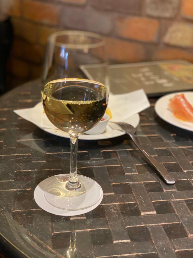 ナポリ金沢_グラスワイン